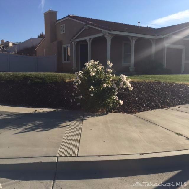 1400 Alder Ave,Tehachapi, CA  93561-2362*