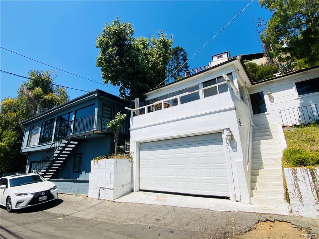 8007 Hemet Pl , West Hollywood 90046